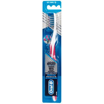 Oral B Cross Action 40 Toothbrush Soft